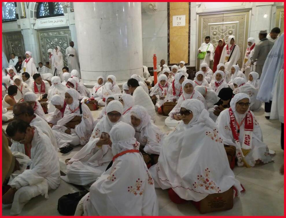 Daftar Tunggu Haji Puluhan Tahun Warga Pilih Umrah